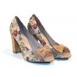 Sapato Feminino Peep Toe Floral com Laço e Salto Grosso de Cortiça