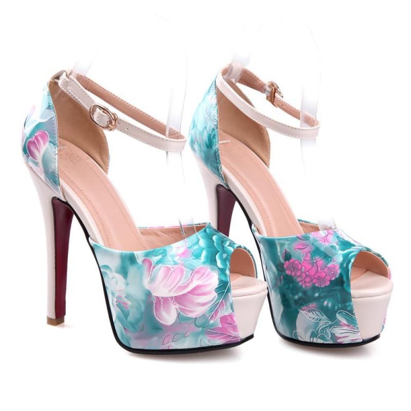 05c30fde5a Sapato Feminino Peep Toe Estampado Floral Verde Salto Alto Maxi