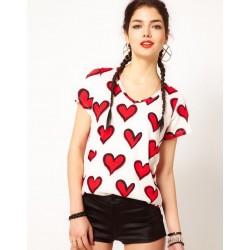 Blusa Feminina Branca com estampa de Coração
