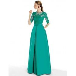 Vestido longo de renda com seda