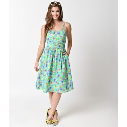 Vestido Flare Verde Estampa de Sorvetes Comprimento Médio