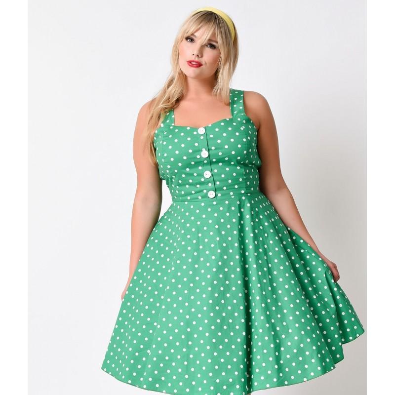 Vestido Flare Verde Plus Size Estampa Poá Comprimento Médio Godê