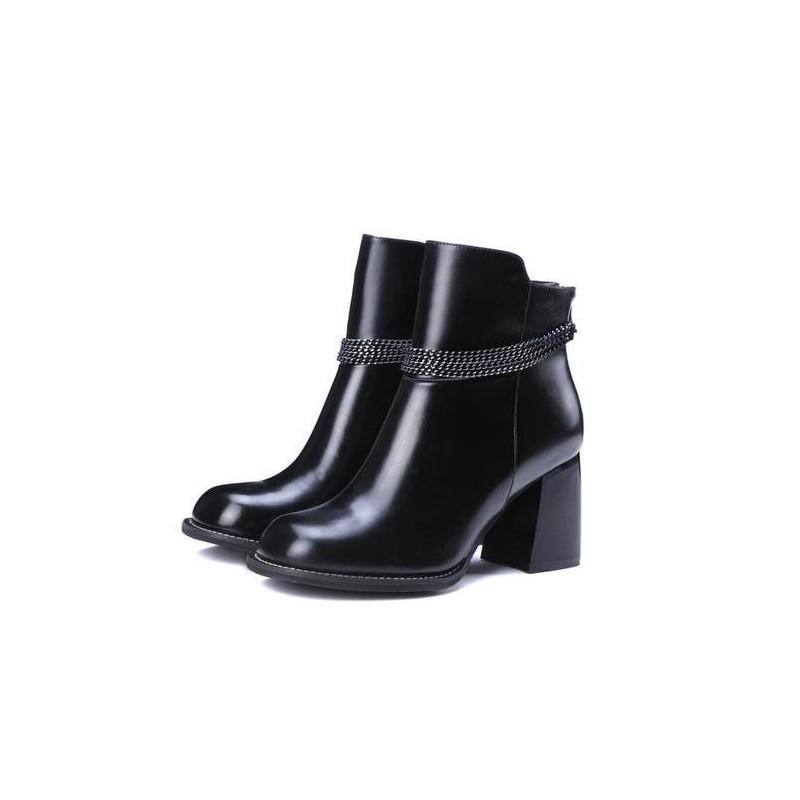 Bota Preta Ankle Boot Cano Baixo Salto Médio Importada