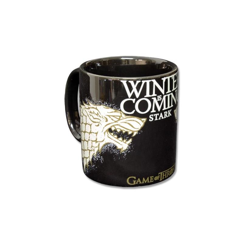 Caneca Preta Game of Thrones Emblema Casa Stark Winter is Coming